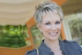 10 classy and simple short hairstyles for women over 50 womensok com