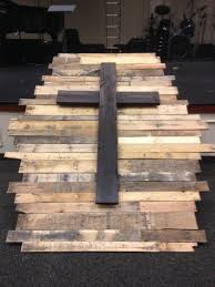 best 25 pallet cross ideas on pinterest cross decorations