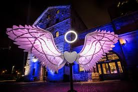 the lights fest ta 2017 toronto light festival keeps the distillery district warm for winter