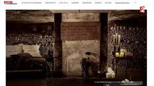 airbnb dracula gagnez une nuit dans les catacombes avec airbnb 2015 10 17 youtube
