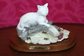 resin cat 2 mice figurines on a wood base taiwan ebay