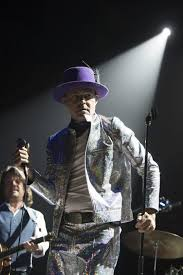 rock artist who died 2016 gord downie lead singer of the tragically hip has died news