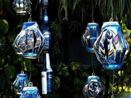 can decorations b ornaments b