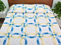 Wedding Ring Quilt by Double Wedding Ring Quilt Terrific Cleverly Made Amish Quilts