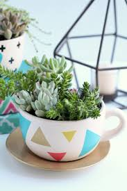 15 beautiful ways to decorate with succulents