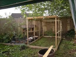 building an easy chicken run chickens pinterest coops