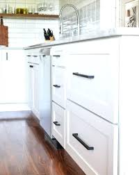 white kitchen cabinets with black hardware shaker style cabinet pulls kitchen cabinet hardware shaker style