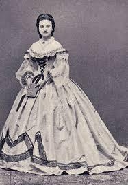 robe de mari e sissi manteau lithurgique fait avec la robe de mariée de sissi 005