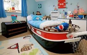 chambre pirate enfant chambre enfant choupinet