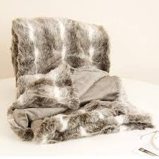 Faux Fur Throw Rugs How To Create A Beautiful Equestrian Style Boudoir For Valentine U0027s