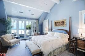 Howie Mandels Cape CodStyle Home For Sale In Malibu Hooked On - Cape cod bedroom ideas