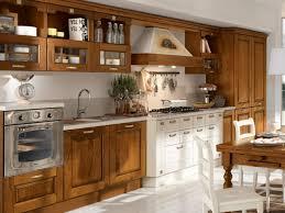 cuisine bois massif cuisines cuisine bois massif traditionnelle la cuisine rétro