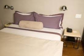 How To Set A Bed How To Arrange A Room And Bedroom Set With Small Space Home