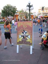 what is mickey s halloween party celebrate halloween at disney world with mickey u0027s not so scary