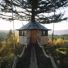 the incredible tree house that foster huntington calls home kids