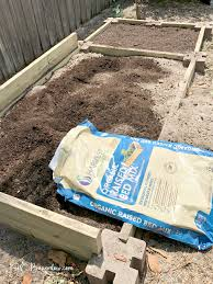 Building A Raised Vegetable Garden by How To Build A Raised Vegetable Garden Bed H20bungalow