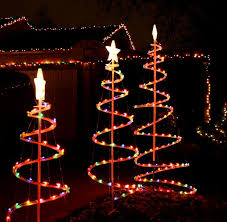 Tasteful Outdoor Christmas Decorations - best 25 large outdoor christmas ornaments ideas on pinterest