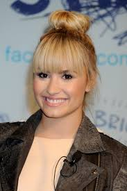which demi lovato u0027s hair should be your hair playbuzz