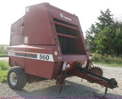 1989 hesston 560 round baler item d8399 sold july 10 ag