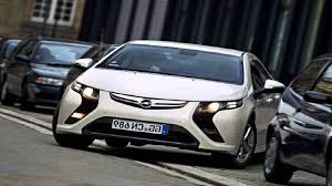 opel chevy vauxhall ampera vs chevy volt wallpaper 1280x720 20616