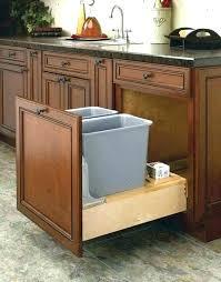 poubelle cuisine porte placard poubelle placard cuisine poubelle corbeille poubelle de cuisine