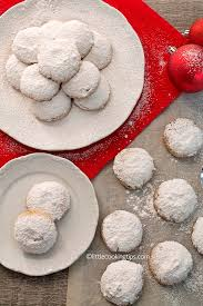 authentic traditional greek christmas snowball cookies