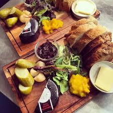 cuisine debutant britain s oldest debutant pub landlord hospitality catering