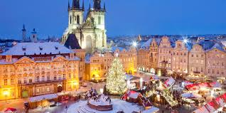 europe u0027s 6 best christmas markets travelzoo canada