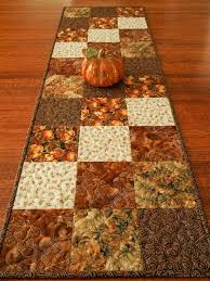 25 unique thanksgiving table runner ideas on
