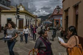 in a mexico u0027tired of violence u0027 zapatista rebels venture into