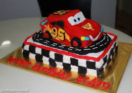 lightning mcqueen birthday cake that cake i made giddy tigers
