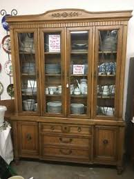thomasville glass kitchen cabinets details about thomasville china hutch curio display cabinet lighted glass shelves