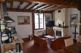 cuisine entierement equipee coin salon cuisine entièrement équipée picture of la maison de