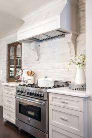 brick backsplash in kitchen best 25 brick backsplash white cabinets ideas on pinterest