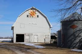 How To Make A Barn Quilt Driving The Barn Quilt Trail Of Washington County Iowa Atlas