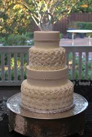 crosshatch and vines wedding cake my favorite bakery
