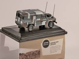 land rover military defender rover defender military berlin scheme 1 76 scale model oxford