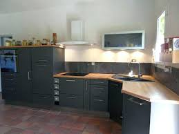 decoration cuisine gris cuisine blanche plan de travail bois gris design de maison