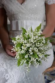 wedding flowers valley white and green bridal bouquet photo by italian wedding