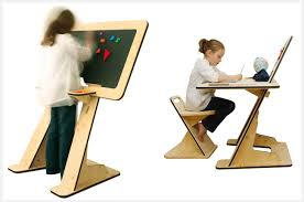 Desk For Kid Az Desk A Desk That Grows With Your Kid Petit Small