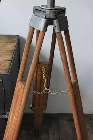 lutrin sur pied en bois les 25 meilleures idées de la catégorie trepied bois sur pinterest