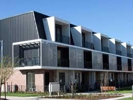 PGH Brick Palette Chosen For Apartment Facade In New Melbourne - Apartment facade design