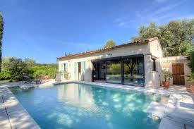 Schlafzimmer In Arles Provence Frankreich Ferienwohnungen Mieten Interhome