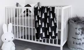 chambre bebe noir décoration chambre bebe noir 11 rouen fauteuil relax but