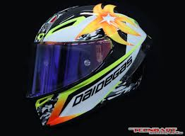 custom motocross helmet painting tecnoart sersan shows off helmet painting skills with the akira