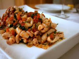cuisiner la seiche fraiche seiche ou encornet à la tomate poissonnerie du port chez elise