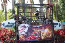 Six Flags Fright Fest California A Visit In Picture Six Flags Magic Mountain Fright Fest U2013 Theme