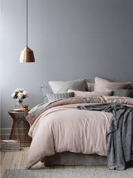 schlafzimmer grau die besten 25 graue schlafzimmer wände ideen auf