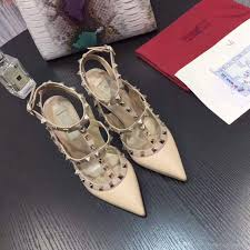 2017 sales top quality women high heels party fashion rivets