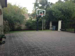 photos of basketball courts that use pavers